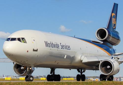 Największy samolot Cargo, jaki aktualnie odwiedza Polskę regularnie - MD-11 UPS.