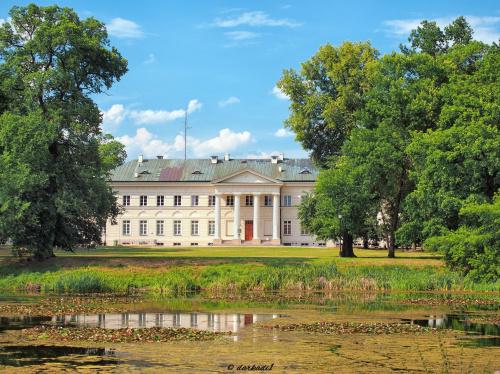 Zespół pałacowo – parkowy Mniszchów w Dęblinie