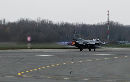 Płomienny start F-16 w kolejnej odsłonie