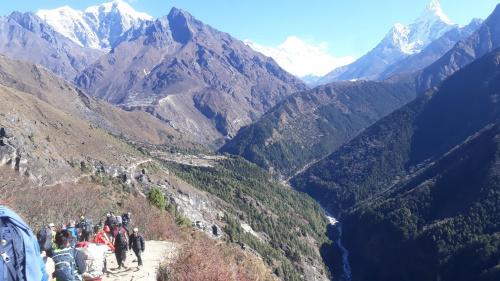 Szlak do Pangboche. wysokość około 4 tysięcy.